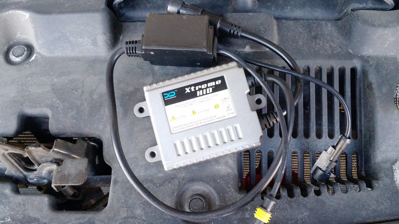 2012 Toyota Highlander Hid Upgrade Headlight Wiring Here Are The Ballast Transformer I Think And Relay Fuse Bundles